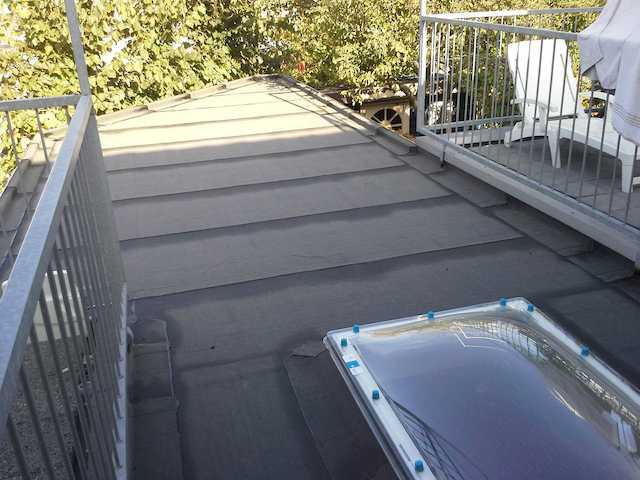 Bitumineuze dakdebekking aanbouw